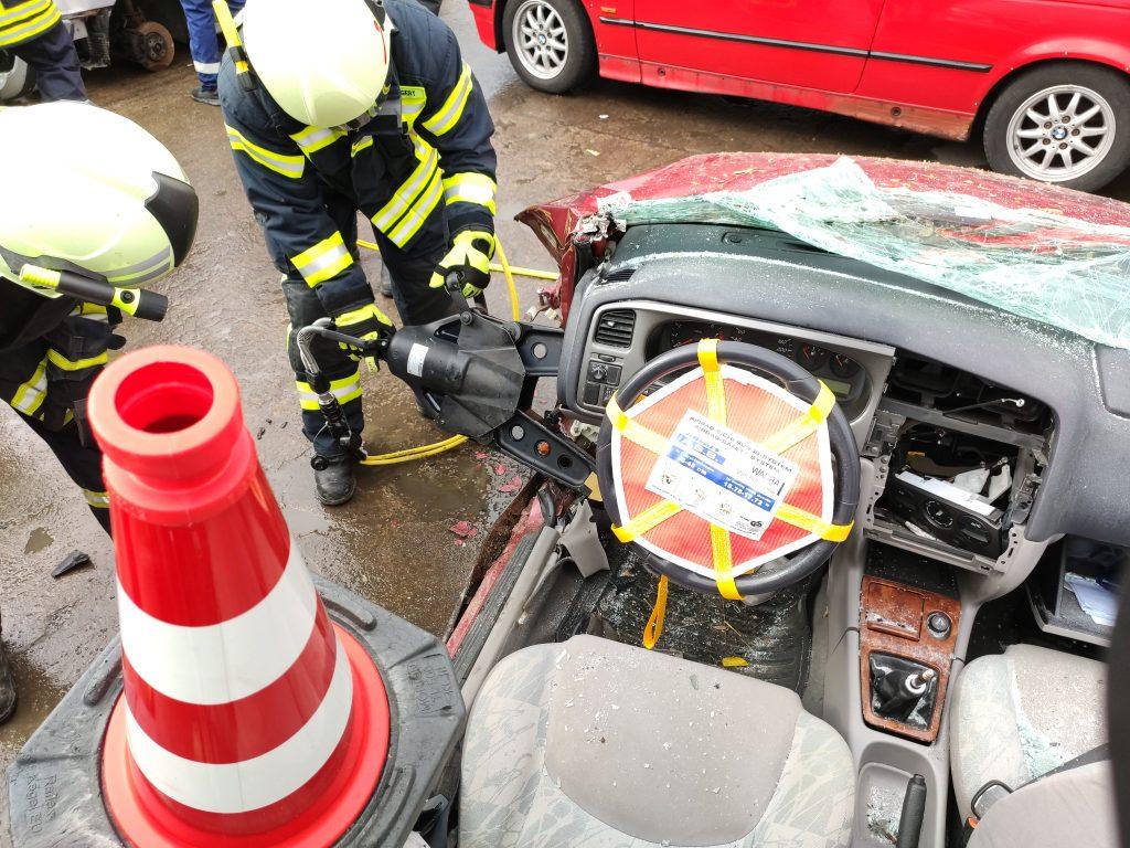 Fahrzeug Airbag gesichert